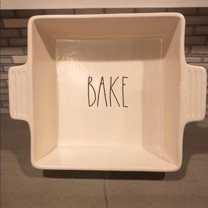 """Rae Dunn """"BAKE"""" 8x8 Dish"""